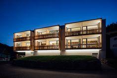 die neuen Zimmer und Suiten Mansions, House Styles, Home Decor, Vacations, Luxury Houses, Interior Design, Home Interior Design, Palaces, Mansion