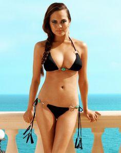 Chrissy Teigen at the ocean #sexy #babe #bikini #ChrissyTeigen