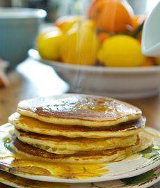 Vanilla Yogurt Pancakes: Breakfast made easy https://facebook.com/sgheinzbaies https://twitter.com/HeinzBabies http://www.pinterest.com/heinzbabies http://instagram.com/heinzbabiessingapore