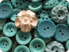 lots of turquoise vintage buttons
