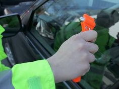 LifeHammer & ResQMe - Automobile Escape Tools