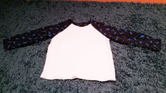 Oliver + S Field Trip raglan t'shirt with dinosaur print sleeves