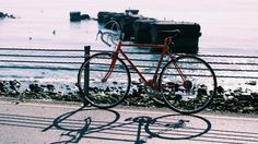 🌐 Red Hardtail Mountain Bike Near Body of Water - download photo at Avopix.com for free    🆓 https://avopix.com/photo/41046-red-hardtail-mountain-bike-near-body-of-water    #bicycle #bicycle-built-for-two #wheeled vehicle #vehicle #bike #avopix #free #photos #public #domain
