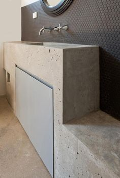 Enmore, Sydney house, concrete bathroom by LittleJo Concrete Basin, Concrete Bathroom, Concrete Counter, Concrete Tiles, Interior Inspiration, Interior Ideas, Wet Rooms, Minimalist Bathroom, Beautiful Bathrooms