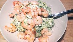 Snel en makkelijk recept voor romige pasta pesto met garnalen, basilicum en mascarpone #gewoonwateenstudentjesavondseet