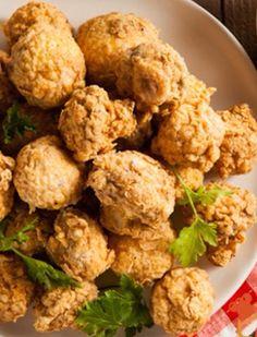 Fried Mushrooms Recipe with Panko Bread Crumbs - Ready in 25 Minutes mushroom recipes Fried Mushroom Recipes, Veggie Recipes, Great Recipes, Vegetarian Recipes, Cooking Recipes, Favorite Recipes, Healthy Recipes, Veggie Snacks, Yummy Snacks