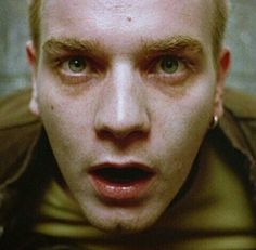 Ewan McGregor has praised the 'extraordinary' script for Trainspotting saying he'll start working on the Danny Boyle sequel in May. Ewan Mcgregor Trainspotting, Trainspotting 2, Full Cast, It Cast, Emily Mortimer, Sick, T Movie, Movie Scene, Still Picture