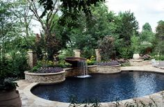 Pool landscaping:  Reed Dillon & Associates