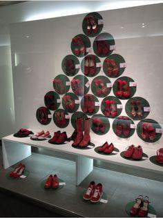 Scarpette rosse. Un simbolo contro la violenza sulle donne.