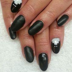 Instagram: @boop711 Matte black shellac nails with Aztec design