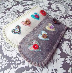 Felt Glasses Case Hearts free shipping in UK by suezybees on Etsy