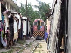 [Honduras] A Train and Railroad Shops in San Pedro Sula (Aug., 2013) - YouTube