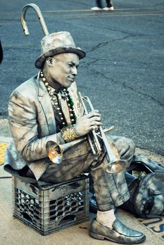 Silver Man, New Orleans, LA. Photo by Laura Steffan.