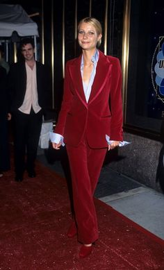 Gwyneth Paltrow in Gucci - MTV Video Music Awards, 1996