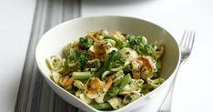 Denne enkle og smakfulle pastaretten får du på bordet på ti minutter! Scampi, Potato Salad, Cabbage, Potatoes, Vegetables, Ethnic Recipes, Potato, Cabbages