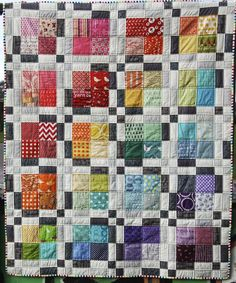 Bright Quilts, Colorful Quilts, Scrappy Quilt Patterns, Scrappy Quilts, Quilting Projects, Quilting Designs, Rainbow Quilt, Rainbow Art, I Spy Quilt