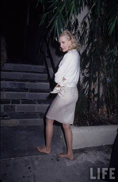 Daryl Hannah Daryl Hannah, Life Pictures, Style, Fashion, Swag, Moda, Fashion Styles, Fashion Illustrations, Outfits