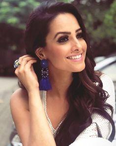 Hot Actresses, Indian Actresses, Coconut Milk Shampoo, Bollywood Actress Hot, South Actress, India Beauty, Indian Wear, Blouse Designs, Beautiful Women