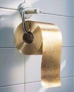 If you need an extra special treatment.. Then gold toilet paper might be right up your alley. Any volunteers? ✨