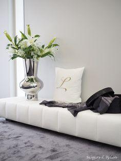 INSPIRED BY LOVE: Asuntomessukohteeni Lakkalakeus  https://www.balmuir.com/shop/home-textiles/cushion-covers/monogram/monogram-l.html