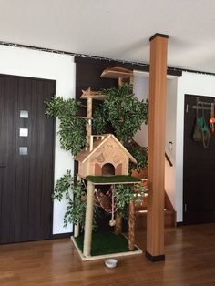 DIY Cat Tree Offers a Creative Alternative to Conventional Scratching Posts and Beds - My Modern Met