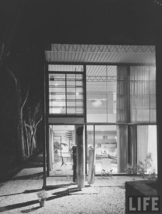 Ray and Charles Eames' House, Case Study House #8, California, USA