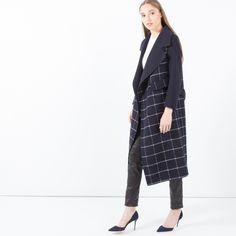 Jiun Buffalo Check Reversible Cashmere Coat (Navy) | Modern Citizen