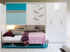 The Poppiboard Ponte wall bed desk is a horizontal wall bed desk with a desk and hanging or shelved closet space above the bed. Small Room Design, Kids Room Design, Bed Design, Murphy Bed Couch, Murphy Bed Plans, Murphy Desk, Beds For Small Rooms, Small Spaces, Cama Murphy Ikea