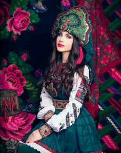 Russian Beauty, Russian Fashion, Hijab Fashion, Fashion Art, Fashion Looks, Russian Folk, Russian Style, Native Wears, Ethno Style