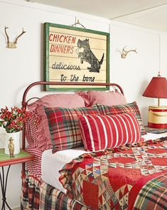 A vintage Christmas bedroom is our favorite kind of bedroom.