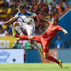 Hazard llega a tiempo para meter a Bélgica en octavos (1-0)