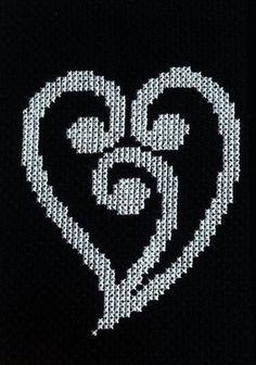 New Zealand Maori Heart Koru Design Cross Stitch Pattern