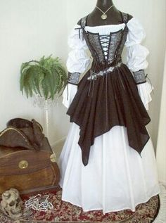 For the bride who wants to dress in character: Gray Black Skulls Pirate Wedding Gown Dress Costume. by scalarags on Etsy Pirate Wedding Dress, Wedding Dress Black, Wedding Dress Costume, Wedding Costumes, Wedding Gowns, Pirate Dress, Costume Dress, Pirate Clothes, Pirate Outfits