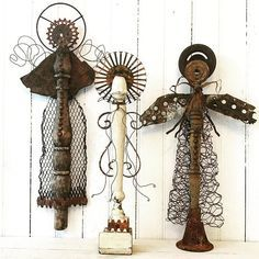 andYou can find Junk art and more on our website. Diy Projects To Try, Craft Projects, Spindle Crafts, Angel Crafts, Arts And Crafts, Diy Crafts, Metal Garden Art, Found Object Art, Scrap Metal Art