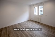 Habitación doble Living Spaces, Flooring, Space, Tile Floor