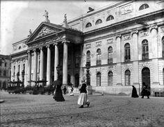 Lisboa de Antigamente: Teatro Nacional D.Maria II Lisbon Portugal, Louvre, Street View, Photos, History, Building, Travel, Landscapes, Facebook