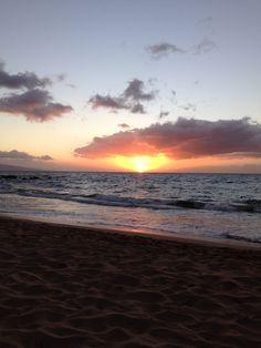 Sunset at Keawakapu Beach, Maui. Great beach for walking, snorkeling and enjoying the sunset.