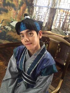 Baekhyun as Prince Wang Eun �😘 Moon lovers drama He is just so cute 😆 2ne1, Baekhyun Scarlet Heart, K Pop, Baekhyun Moon Lovers, Scarlet Heart Ryeo Cast, Moon Lovers Drama, Got7, Wang So, Culture Pop