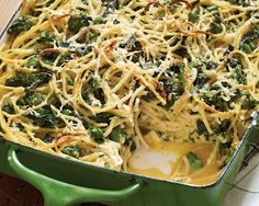 Baked Spaghetti Frittata With Broccoli Rabe And Smoked Mozzarella Recipe - Food Republic Giada De Laurentiis, Baked Spaghetti, Spaghetti Recipes, Cacio E Pepe Pasta Recipe, Smoked Mozzarella Recipe, Broccoli, Zucchini, Slow Cooker, Shiitake