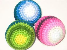 That baby shower is fast approaching, and as a crochet beginner, you wish you knew how to crochet a baby ball. Fortunately, this Beginner Crochet Baby Ball Pattern will yield a fast and easy homemade baby shower gift. All Free Crochet, Love Crochet, Crochet For Kids, Easy Crochet, Tutorial Crochet, Irish Crochet, Crochet Ball, Crochet Baby Toys, Crochet Gifts
