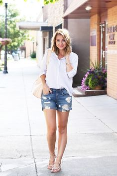 Summer Shorts Outfits for Moms | Fashion Tips