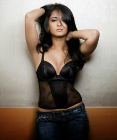 Anushka Shetty's Super hot Bedroom Photoshoot in Black Outfit