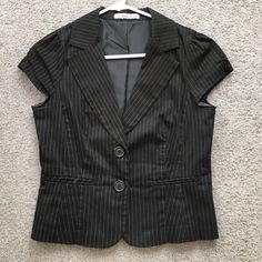Black & White Pinstripe Blazer Collared Suit Jacket. Two Button front closure. Forever 21 Jackets & Coats Blazers