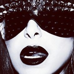 """Xenses Boutique - Worldwide op Instagram: """"What an amazing shot♡ . Leather eyemask with spikes by Tamzin Lillywhite is available @xensesnl . Repost @woolhousestudios Story on @fantastics Shot by @darren_black. Make up @lauraloumakeup. Eye mask @tamzinlillywhite #xenses #xensesshop #tamzinlillywhite #mask #photography #darrenblack #picoftheday"""""""