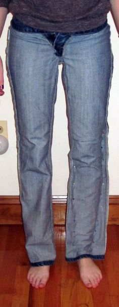 The Crafty Novice: DIY Jeans Refashion: Flares to Straight Leg. I did this and it works like a charm!