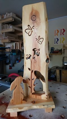 Small Woodworking Projects, Small Wood Projects, Wood Carving Patterns, Wood Carving Art, Barn Wood Crafts, Wooden Crafts, Wood Yard Art, Wood Art, Rustic Log Furniture