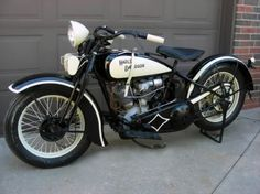 1929 Harley Davidson motorcycles - repinned by http://vikingbags.com/