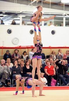 Kirsten, Heidi and Lara Gymnastics Stunts, Gymnastics Problems, Gymnastics Quotes, Gymnastics Videos, Acrobatic Gymnastics, Gymnastics Pictures, Olympic Gymnastics, Gymnastics Girls, Olympic Games