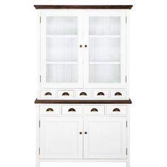 Einbauküchen können schön sein, aber traditionelle Küchenmöbel haben oft mehr Charme. Ein überzeugender Beweis dafür ist der Miss Bridges-Buffetschrank, der auch in einem alten englischen Landsitz stehen könnte. Der 2-teilige Buffetschrank bietet im oberen Teil 5 Schubladen, 2 Türen mit Sicherheitsglas, dahinter 2 Einlegeböden - und im unteren Teil 4 Schubladen, 2 Türen, dahinter je 1 Einlegeboden. Altmessingfarbene Apothekergriffe und Rundknöpfe unterstreichen den nostalgischen Look.