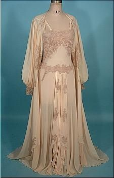 1930s/1940s Peignoir Bridal Honeymoon Set of Blush Sheer Crepe and Lace!